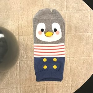 Accessories - $7 or FREE w/any purchase: Penguin Ankle Socks